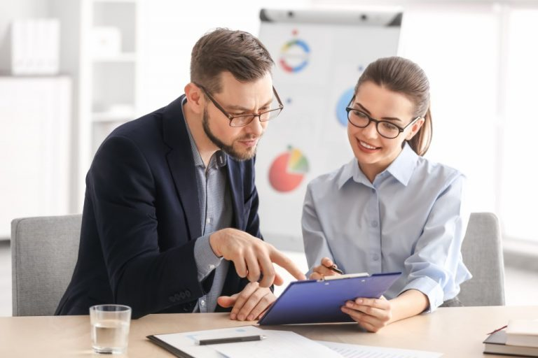 Man teaching project management