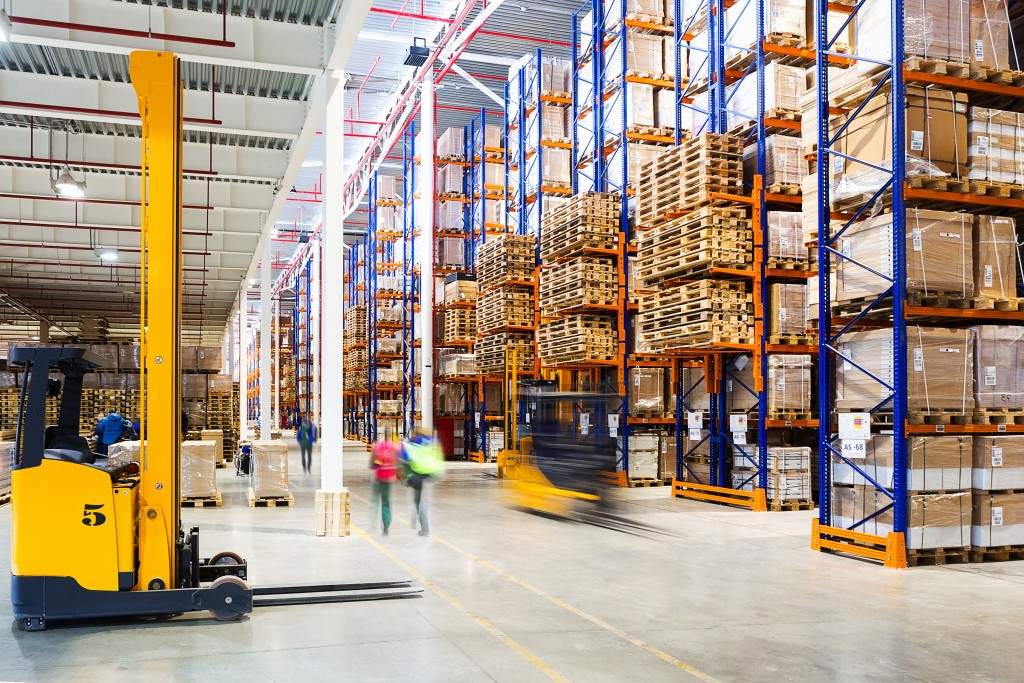 Managing warehouse