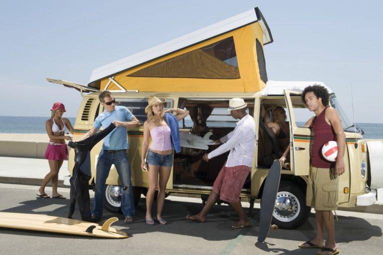 Friends preparing the van for their roadtrip