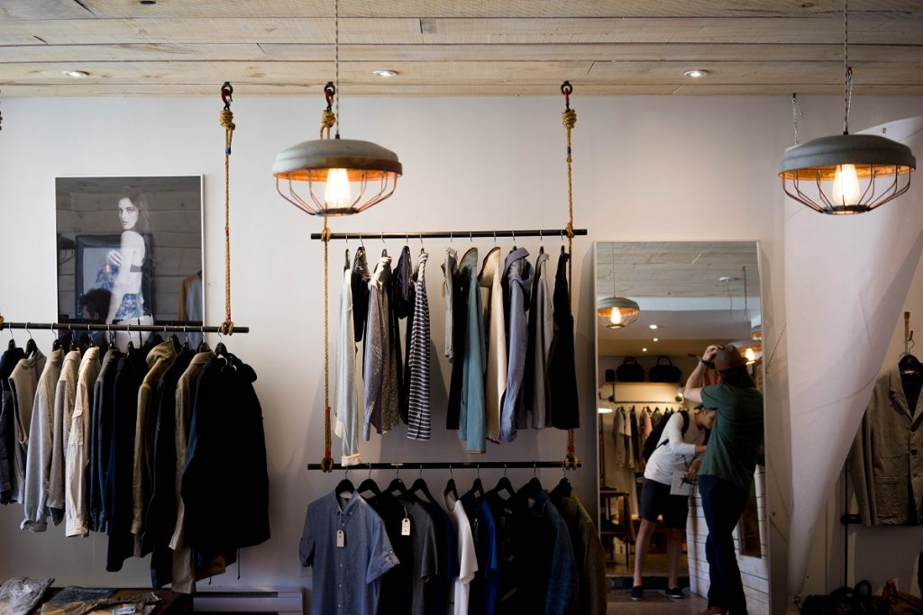 Retail store for clothings
